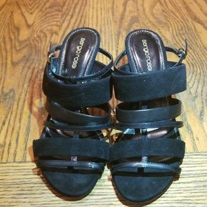 Nwot Brand new beautiful black sandals